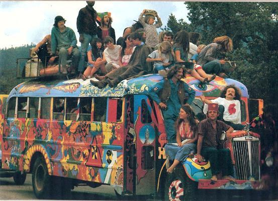 The_hog_farm_bus